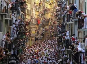 Pedro Amestre foto espectacular del encierro de pamplona- san fermin, pamplona balcon, pamplona balconies